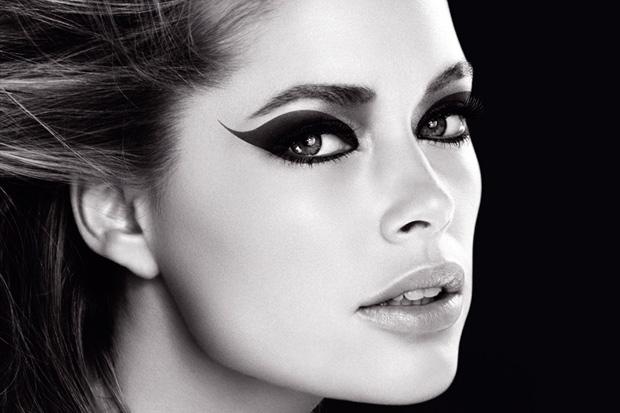 C mo delinear los ojos seg n su forma secretodamiga for Distintas formas de maquillarse los ojos